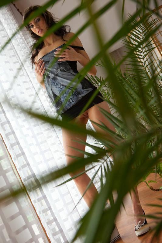 Fotos De Ninfetas Japonesas Mostrando A Calcinha E Pagando Peitinho